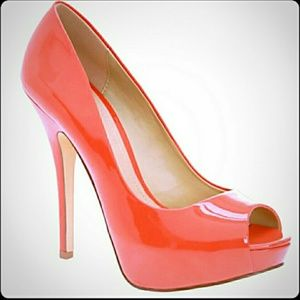Aldo coral patent leather heels